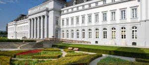 03_Aussenansicht-Schloss